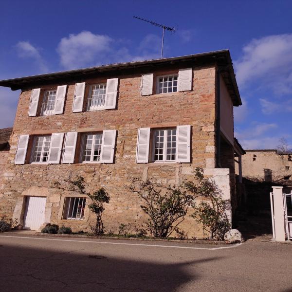Offres de vente Maison de village La Roche-Vineuse 71960